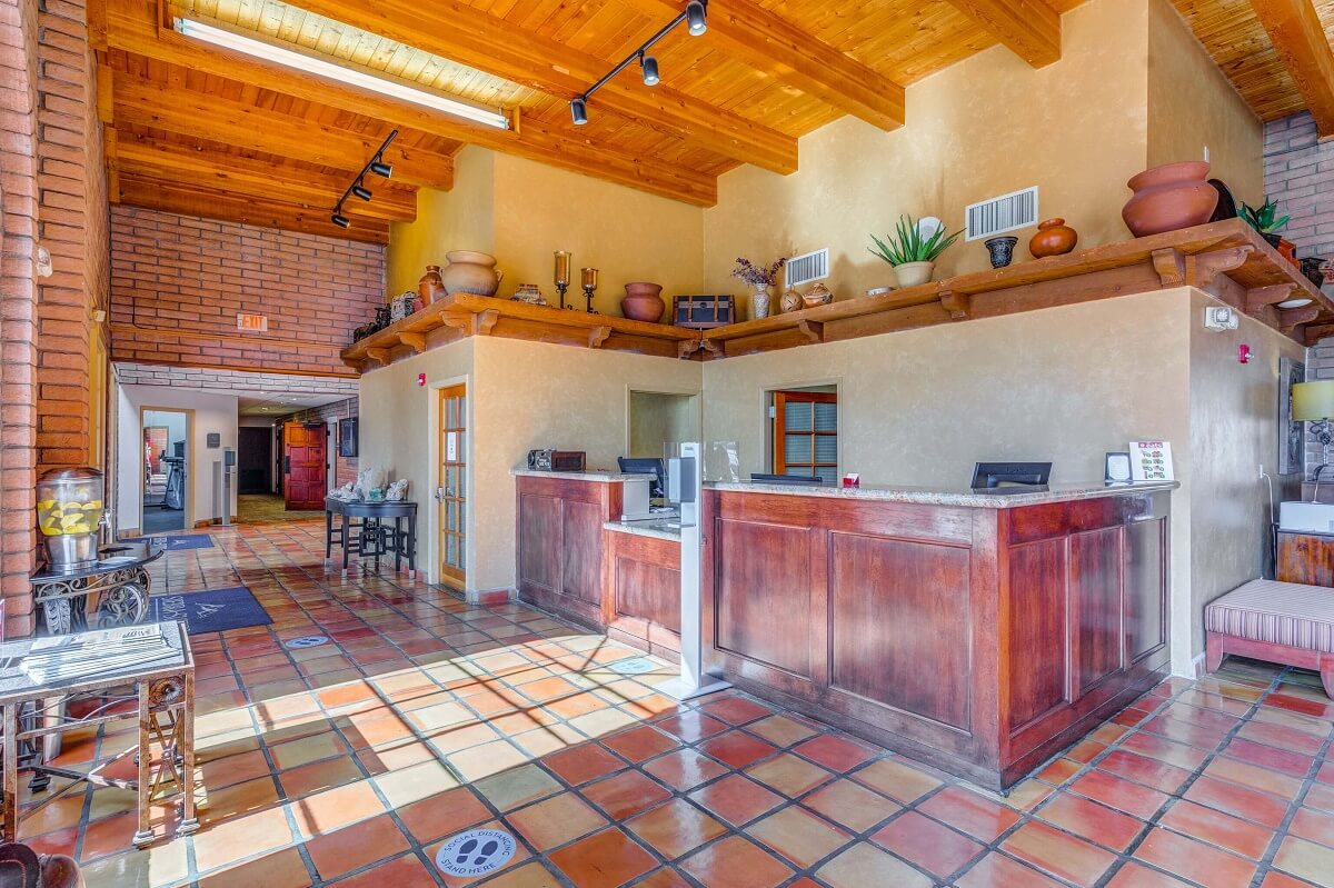 Sierra Suites - Lobby Area-3
