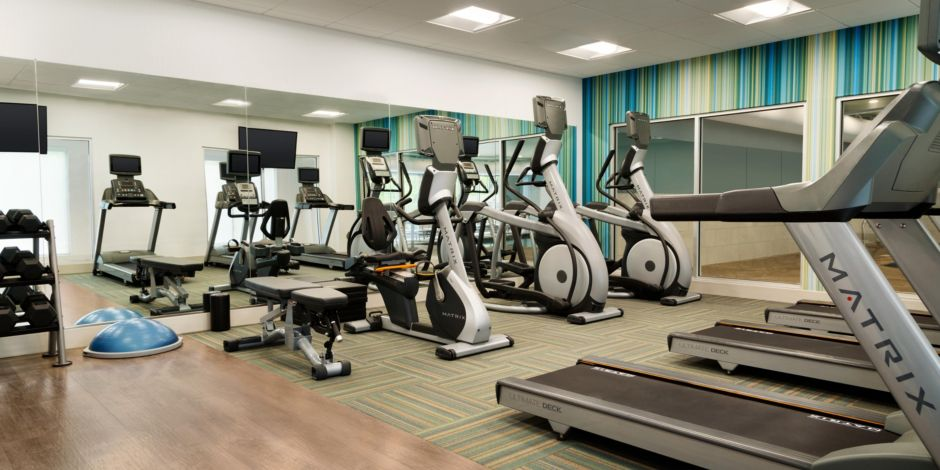 Holiday Inn Express & Suites Clear Spring - Fitness Facility