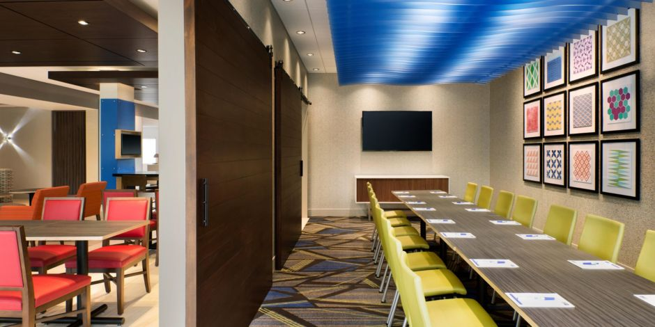 Holiday Inn Express & Suites Clear Spring - Meeting Room-2