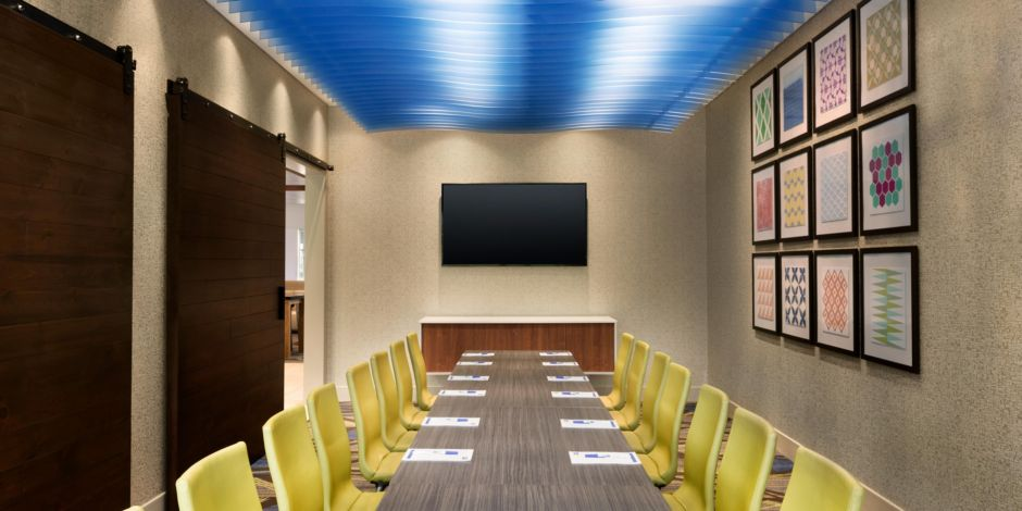 Holiday Inn Express & Suites Clear Spring - Meeting Room-1