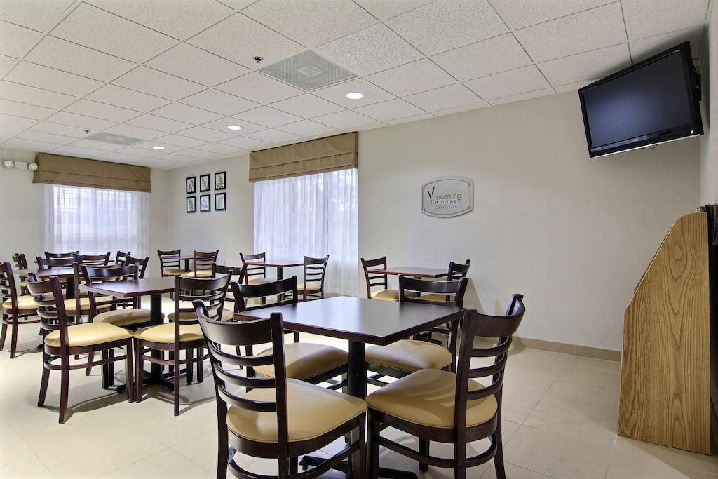 Sleep Inn Ormond Beach - Dining Area-1