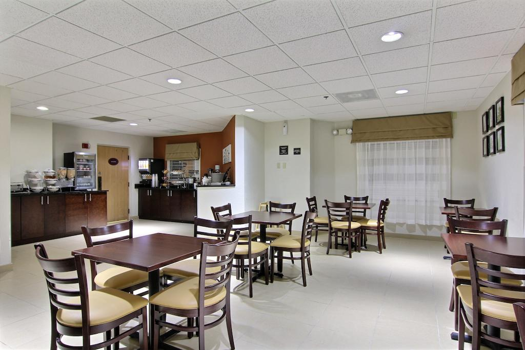 Sleep Inn Ormond Beach - Dining Area-2