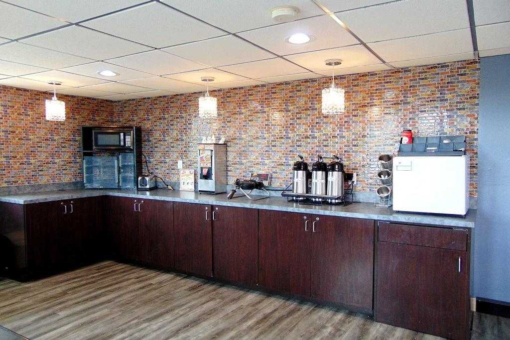 Somatel Nashville Airport - Breakfast Area
