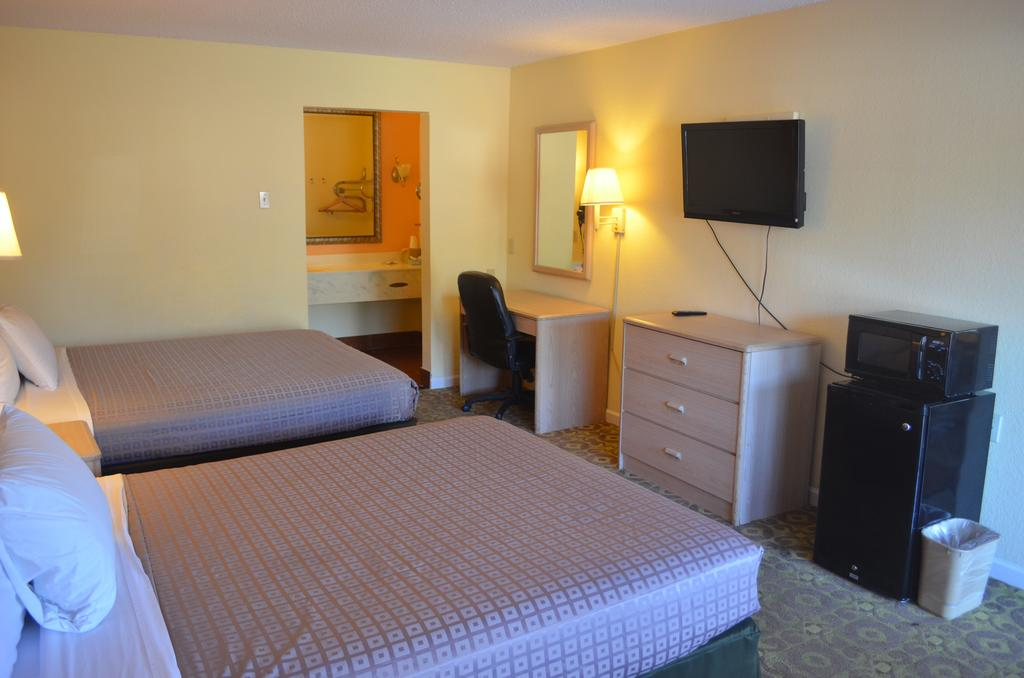 Summit Inn Hotel & Suites - Double Beds-1