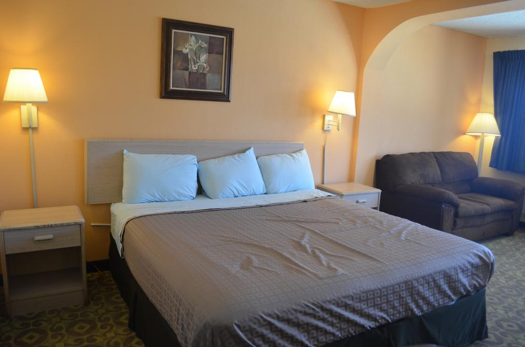 Summit Inn Hotel & Suites - Single Bed-1