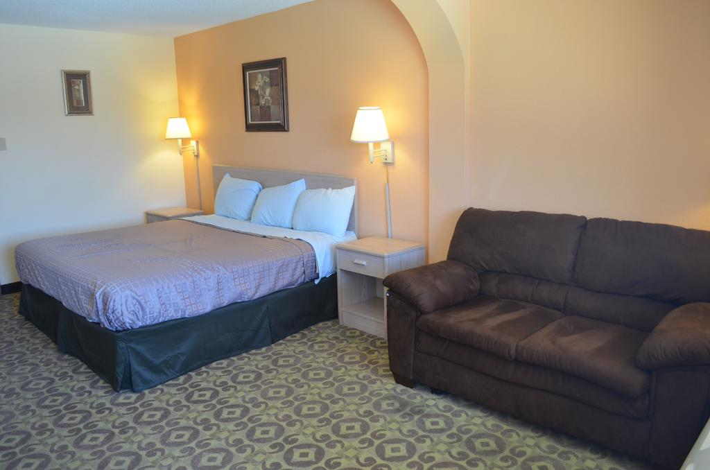 Summit Inn Hotel & Suites - Single Bed-3