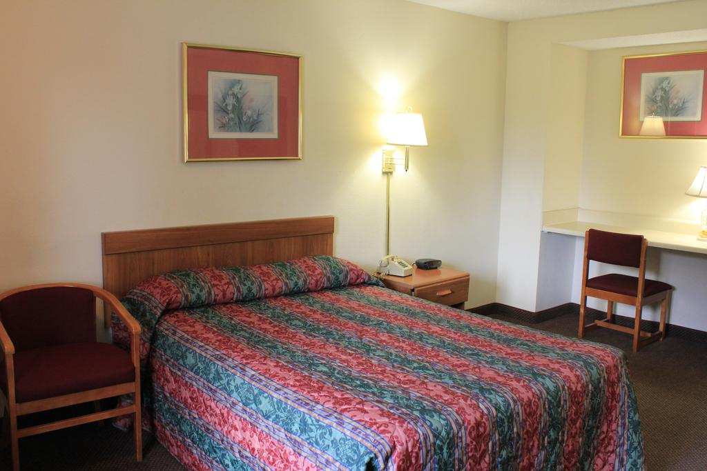Super Value Inn Valdosta - Single Bed-2