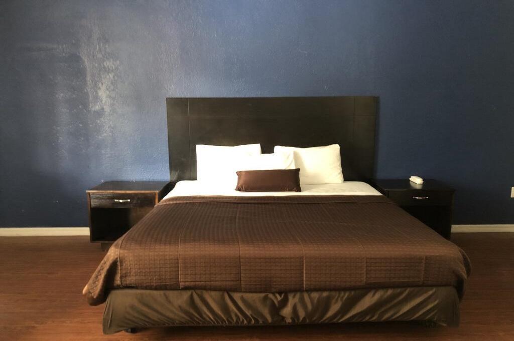 Tarpon Inn - Single Bed Room-4