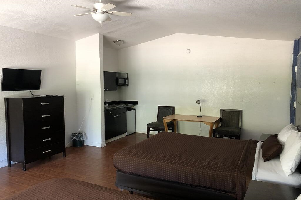 Tarpon Inn - Single Bed Room-5