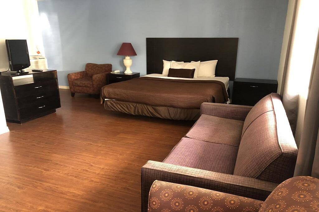 Tarpon Inn - Single Bed Room-1
