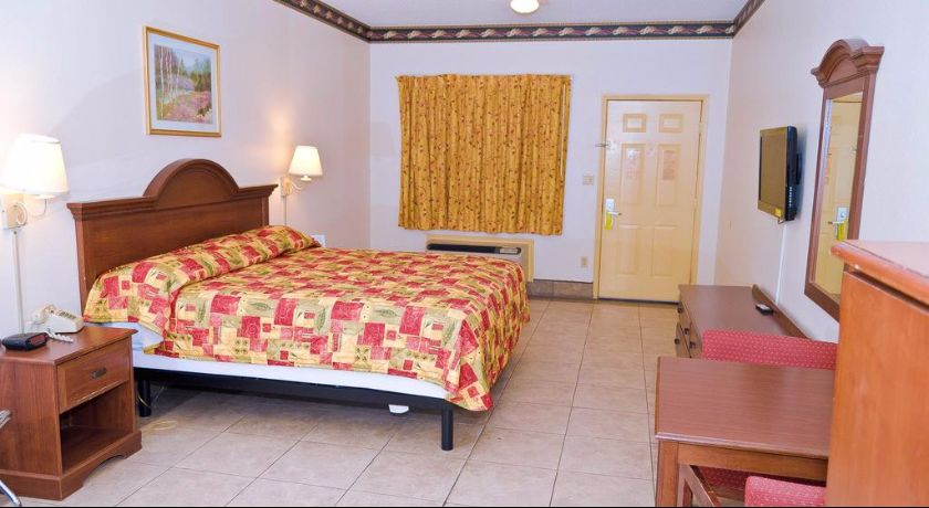Texas Inn and Suites Rio Grande Valley - Single Bed-1