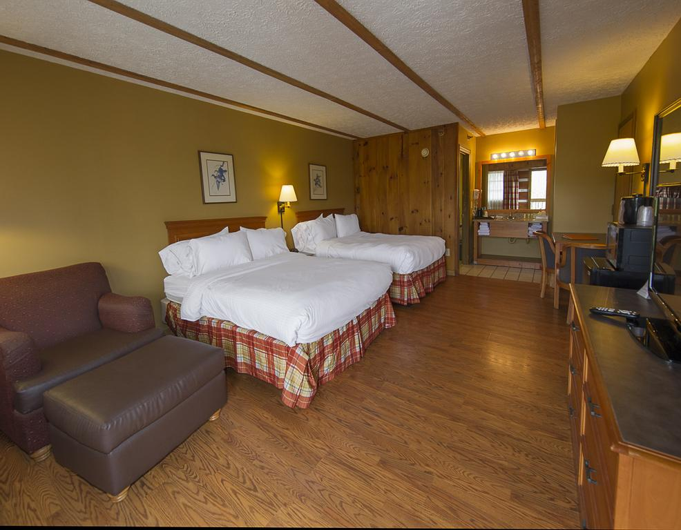 Timbers Lodge Pigeon Forge - Double Beds-2