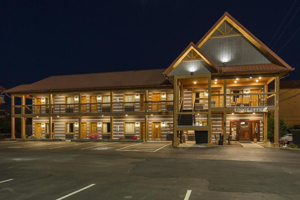 Timbers Lodge Pigeon Forge - Exterior-3