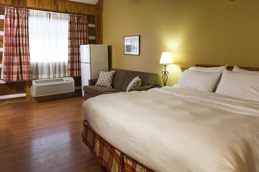 Timbers Lodge Pigeon Forge - Single Bed-2