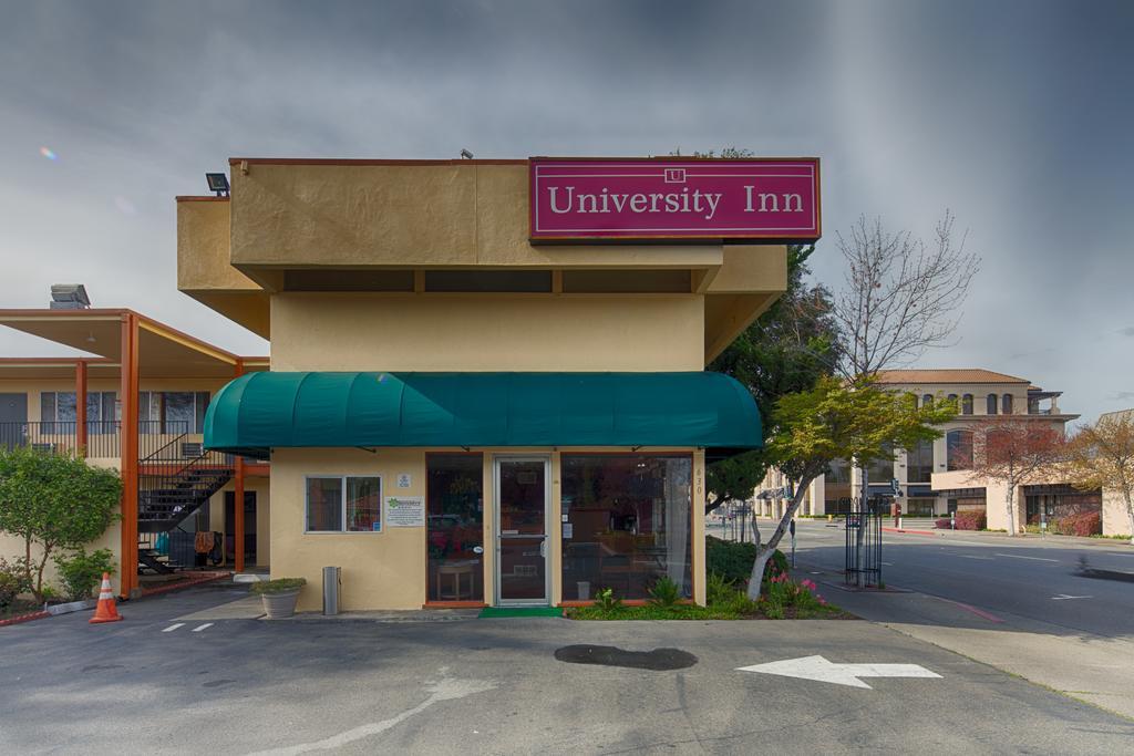 University Inn Chico - Exterior-2