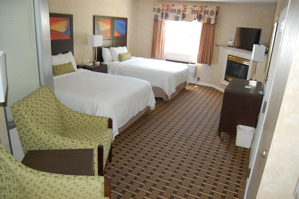 Vacation Lodge - Double Beds-6